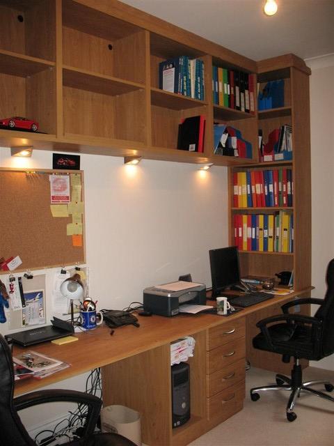 Pippy Oak colour home office