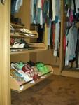 Pullout shoe racks